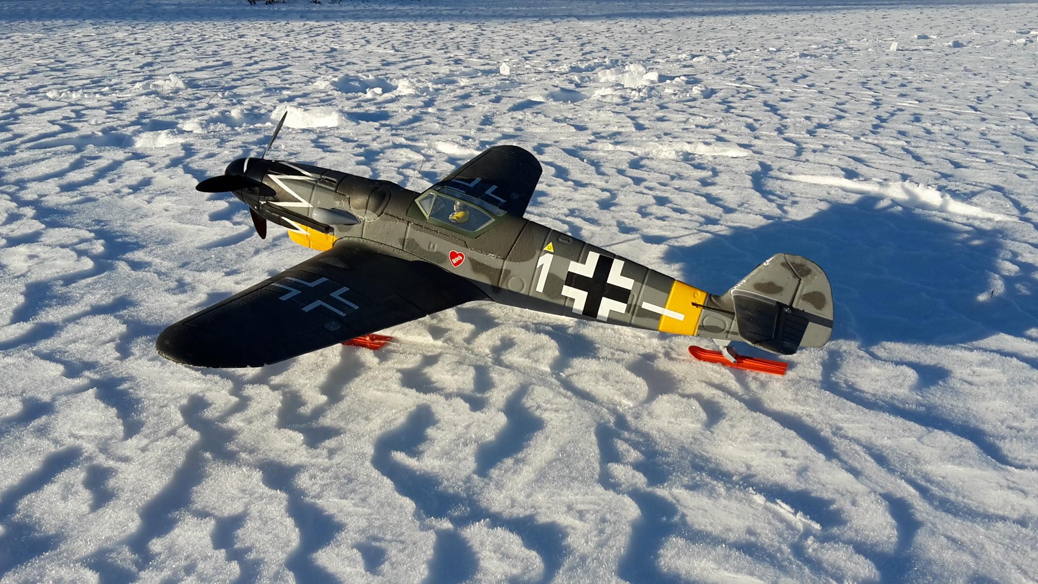 Me 109 mit Ski